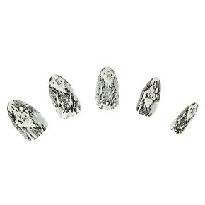 Snakeskin Stiletto Faux Nail Set - Mint, 24 Pack,