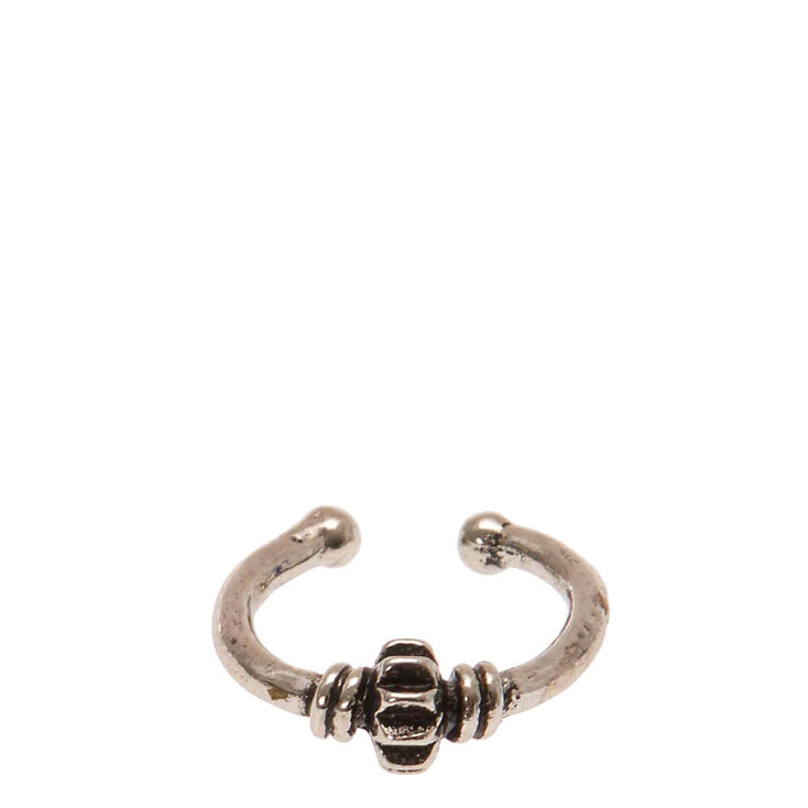 Embossed Faux Nose Ring,