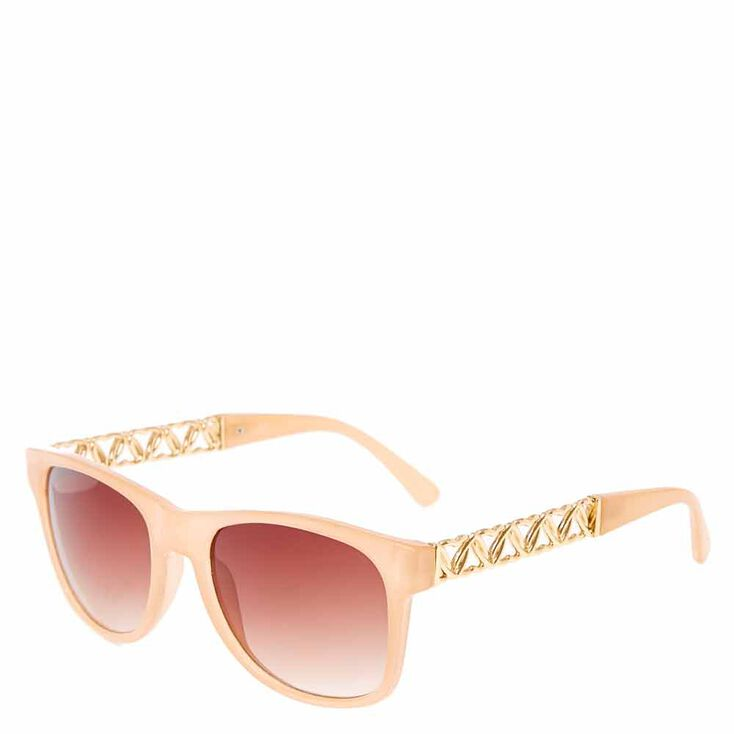 Retro Nudge Heart Chain Sunglasses,