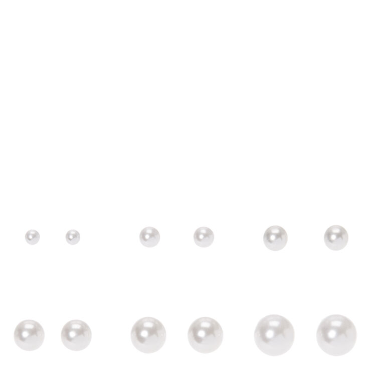 Graduated White Pearl  Stud Earrings,