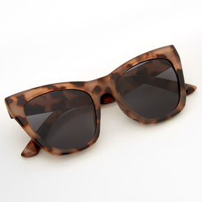 Oversized Tortoiseshell Cat Eye Sunglasses,