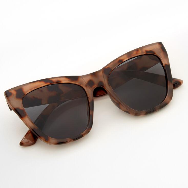 Oversized Tortoiseshell Cat Eye Sunglasses,