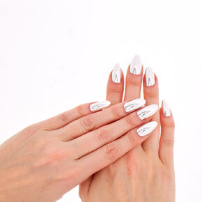Metallic Silver Stiletto Instant Nails,