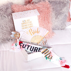Floral Future Mrs. Gift Box Set,