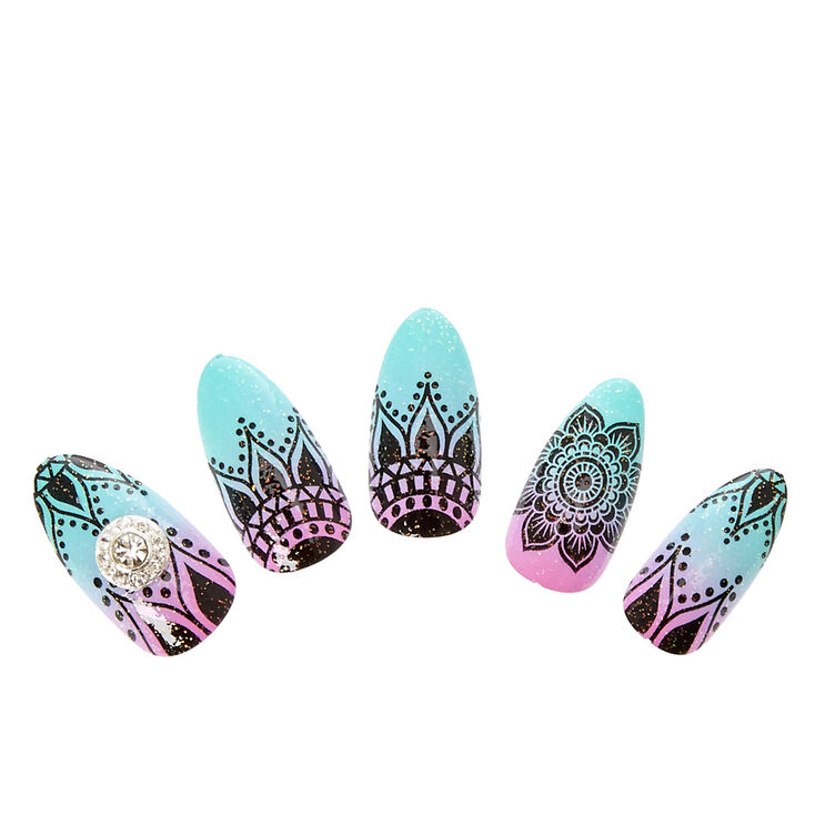 Mint & Pink Ombre Henna Stiletto Instant Nails,