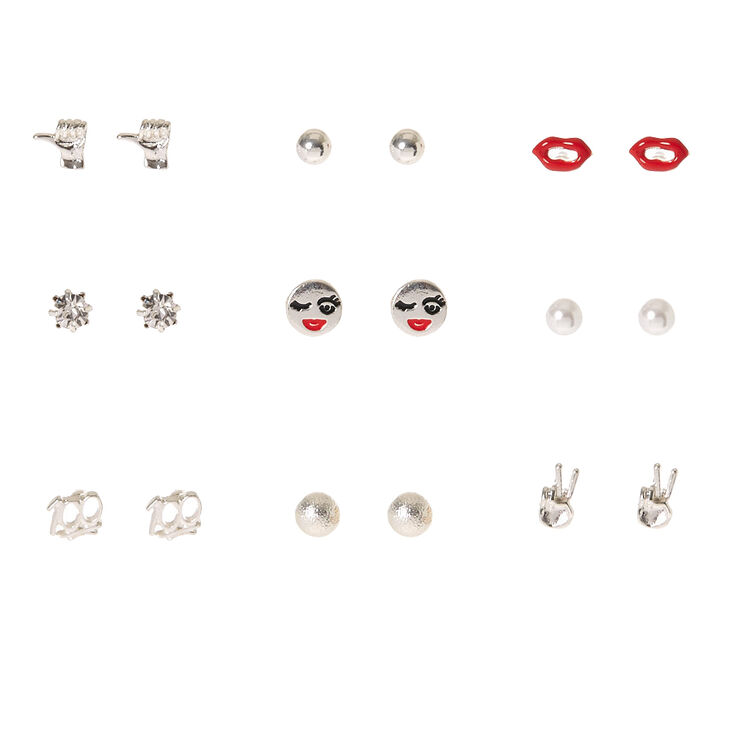 Femme to the 100 Stud Earrings,