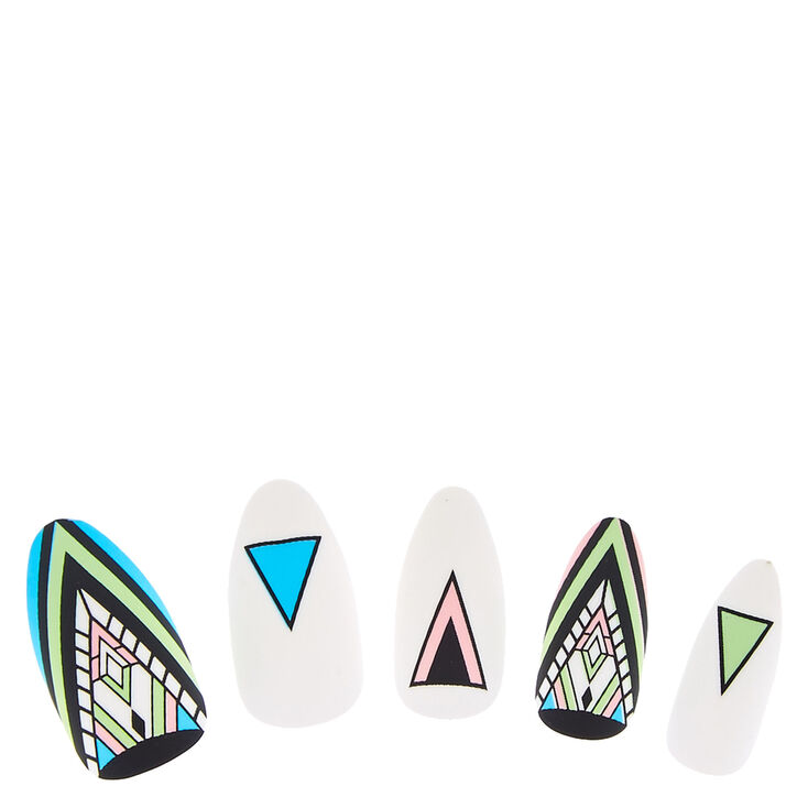 Matte Aztec Pattern Instant Nails,
